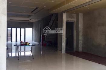 Nhà MT Phan Thanh 135m2 (5,5*25) , MT truống suốt.