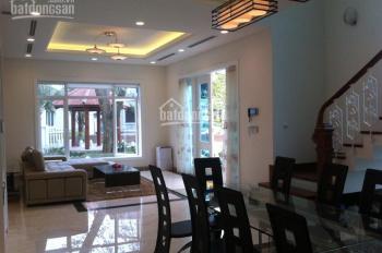 Bán gấp Villa Thảo Điền, giá rẻ hơn thị trường 30%, DT: 7x25m, giá chỉ 25 tỷ