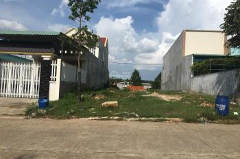 gia đình cần bán gấp 300m2 đất gần khu công nghiệp gần quốc lộ 13 dường rộng 15m dân đong ơ BD