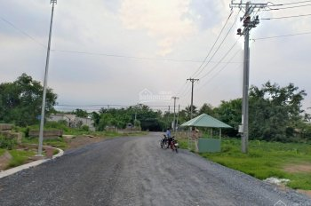 Bán nhà mặt tiền lộ 14m TP Trà Vinh