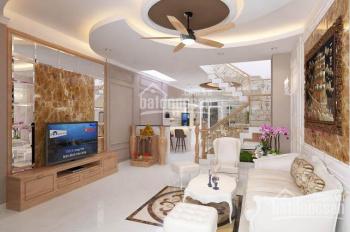 cần bán nhà gấp Hàng Bồ thuộc khu sầm uất phố cổ DT 70m2 x 2 tầng giá 2.95 tỷ . LH:0966505121