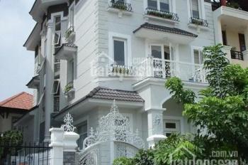 Bán nhà HXH 5m ngay Lý Chính Thắng - Hai Bà Trưng, Q3, DT 10x11m, giá 16 tỷ