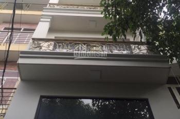 Cho thuê nhà nguyên căn 234 đường Phan Đình Phùng ngay góc đường Huỳnh Văn Bánh, Q. Phú Nhuận