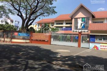 Bán nhà MTKD đường 18 Phước Bình, Q9 đối diện trường tiểu học, DT:4x22m, vuông vức giá 10.5 tỷ