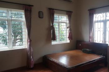 Chính chủ bán nhà riêng 4 tầng cạnh Resco đường Phạm Văn Đồng, dt 52m2, liên hệ 0976618585