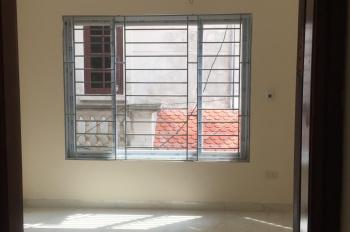 Nhà xây mới 38m2x3T Yên Nghĩa, Hà Đông, ô tô đỗ cửa, giá 1.3 tỷ (có thương lượng), 0347700861
