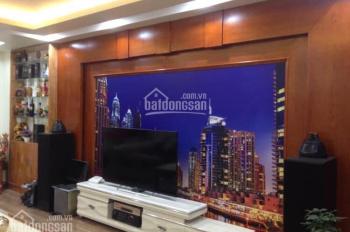 Cần bán nhà siêu đẹp giá cả hợp lý ở Lê Hồng Phong, 4 tầng, DT 72m2