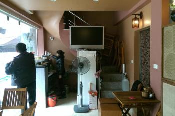 Cho thuê cửa hàng riêng biệt mặt phố Nguyễn Chí Thanh, DT 40m2, mặt tiền 5m, LH 0936030855