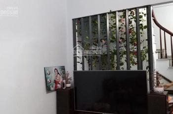 Bán nhà Bạch Mai, DT 34m2 x 5T, giá 3,2 tỷ. Phố Lâm: 092.476.4755