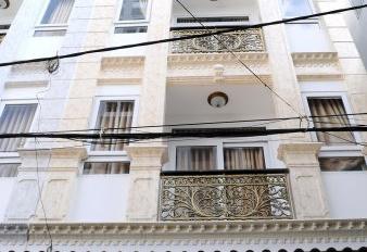 Bán khách sạn mini, căn hộ cao cấp, mặt tiền đường Trương Quốc Dung