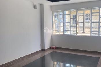Cho thuê nhà 186B CMT8 gần Lê Thị Riêng, Bùi Thị Xuân ngay vòng xoay Phù Đổng Quận 1