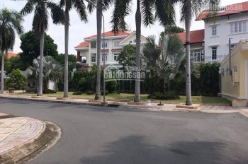 Bán biệt thự Nguyễn Văn Hưởng diện tích 350m2, 2 lầu, nhà đẹp, giá 64.9 tỷ