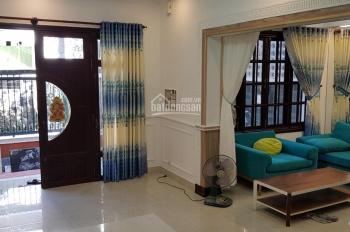 Cho thuê nhà làng báo chí Thảo Điền, 10*11m, 1 trệt 2 lầu, 4PN, 4WC, full NT 35tr/th. LH 0931018068