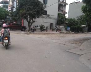 Bán đất sổ đỏ CC tại TDP Kiên Thành, Gia Lâm, HN. 50m2, đường 3m ra đường 40m của Vin chỉ 30m