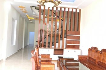 Bán nhà mặt tiền đường DX 049, phường Phú Mỹ, diện tích 100m2, giá rẻ liên hệ 0908349739