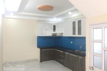 Cho thuê nhà riêng Văn Phú, 55m2x5T thông sàn, đường 12m, giá 18tr, LH 0987 413 558