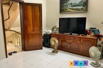 XNMN - Cho thuê nhà 90m2 x 3.5 tầng cách phố Ngọc Khánh 20m - Full đồ như hình - miễn phí môi giới