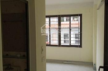 Bán nhà mặt phố Hồng Hà, Q. Ba Đình, Hà Nội, ô tô tránh, diện tích 30m2 x 4 tầng, giá chào 5 tỷ