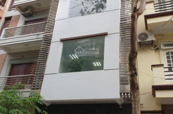 Cho thuê nhà phân lô Trần Quang Diệu, Đống Đa, DT 64m2, 6T, MT 6m, tầng 1,2 thông sàn, giá 34tr/th