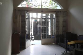 Chính chủ bán gấp nhà q4 Nguyễn Thần Hiến, 64,6m2, 2 lầu, gần hẻm rộng, hiện hữu, giá cực tốt 4tỷ6