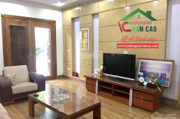Cho thuê nhà 3 tầng 10 tr/ tháng ngõ 193 Văn Cao, full nội thất để ở