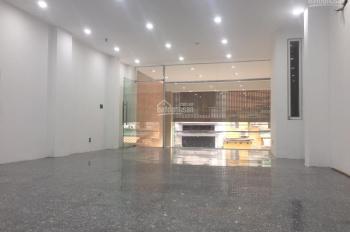 Cửa hàng siêu hot ngay ngã tư mặt phố Bà Triệu cho thuê, DT 60m2, MT 4,6m, giá thuê 48 tr/tháng