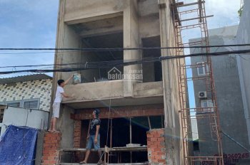 Cần tiền bán gấp nhà 4*15m HXH Tam Bình, Thủ Đức