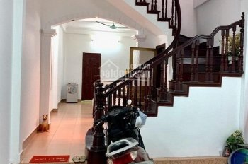 Bán nhà Nguyễn Hoàng Tôn, ô tô tránh, kinh doanh, giá 6.7 tỷ