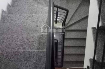 Bán chung cư mini mới xây phố Tân Mai, gần ngã tư 69m2 x 6T, giá 7.2 tỷ