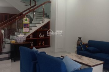 Cho thuê nhà khu đô thị Phúc Đạt, Phú Lợi, 1 trệt 2 lầu, 3 PN, 100m2, 23tr/th. LH 0911.645.579