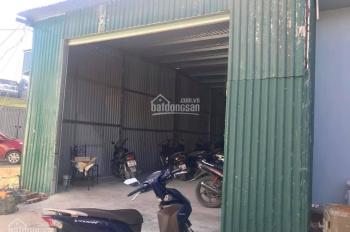 Cho thuê kho DT 100m-120m2, xe tải 5,6 tấn đỗ cửa tại ngõ 214 Nguyễn Xiển, giá 8 triệu/tháng