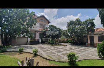 Bán biệt thự cao cấp ngay Phan Văn Hớn, Xuân Thới Thượng, Hóc Môn, 1250m2, giá 22.5 tỷ. 0839501026