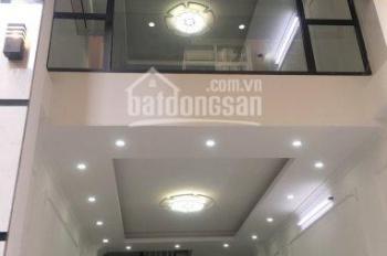 Bán nhà đẹp & hiếm tại ngõ 118 phố Đào Tấn, thông Phan Kế Bính, Ba Đình, DT 35m2x6T, giá 3,65 tỷ