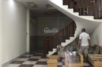 Bán nhà khu chia lô ngõ 61 Phạm Tuấn Tài, Cầu Giấy. Giá 7,8 tỷ