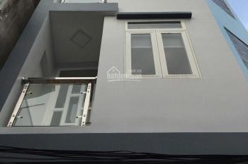Cho thuê nhà góc 2 mặt tiền số 120/1A Nguyễn Trọng Tuyển, gần ngã tư trần Huy Liệu