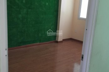 Cho thuê nhà nguyên căn 1 trệt, 1 lầu 176/25 Nguyễn Thị Thập, Q7