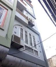 Cho thuê nhà phố Đội Nhân, Vĩnh Phúc, Ba Đình, 40m2 x 4 tầng, 4 phòng ngủ.