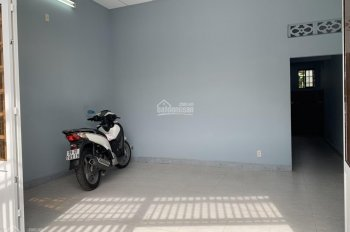 Cần bán gấp căn nhà đường 17, Linh Trung, hẻm xe ô tô tận nơi, nhà đẹp ở ngay, 5x11m, 2 tỷ 650