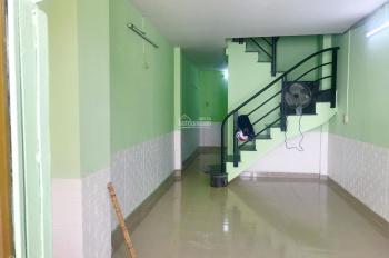 Nhà nguyên căn full nội thất 2PN, bếp & khách full nội thất, Q. 12 đường Tô Ký, giá 5 triệu/th