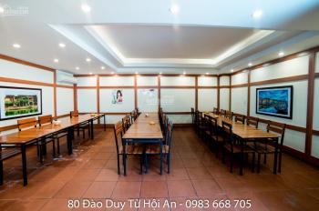 Cho thuê nhà hàng trung tâm Hội An. lh: 0983668705