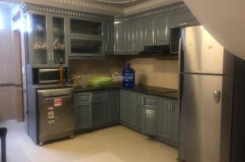 Cho thuê nhà 3 tầng, 4 phòng ngủ, full nội thất trong ngõ 193 Văn Cao giá 18tr/tháng
