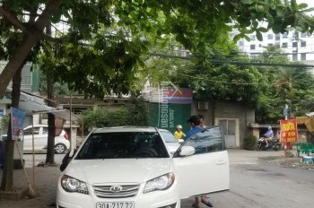 Nhà chính chủ đang cần bán gấp liền kề Văn Phú 90m2, hoàn thiện rất đẹp. Diện tích 4.5mx20m = 90 m2