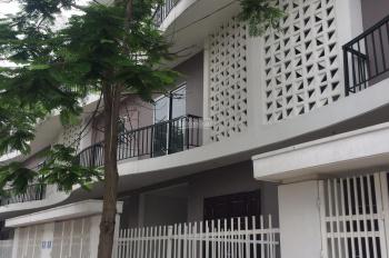 Cần bán nhà KĐT liền kề Nam 32 có giá rẻ nhất, vị trí đẹp nhất 0977858229