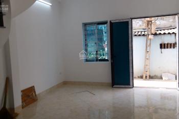 Bán nhà Di Trạch xây mới kiên cố đất sổ đỏ 45,7m2 sang tên ngay, đang hoàn thiện mua xong về ở luôn
