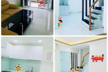 Nhà hiện đại, rẻ, 1 trệt 2 lầu, 2 phòng ngủ đẹp, 2WC, vào nhà thích mê