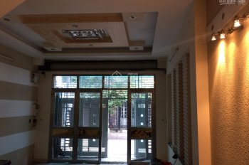 Cho thuê mặt bằng đẹp đối diện căn hộ Topaz, đường nhựa 35m P4, Q8, DT 4x14m, khu sầm uất, đông dân