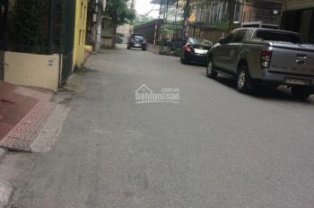 Bán nhà cấp 4 đường Xuân Đỉnh DT 69m2, ô tô đỗ cửa, hướng Đông Nam, giá 4 tỷ. LH 0972264985