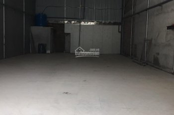 Chính chủ cho thuê nhà xưởng 180m2 ngay KCN Quế Võ 1, giáp Quốc Lộ 18