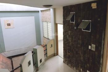 Cho thuê nhà 12 phòng 9.3x18m, 3 lầu sân thượng hẻm xe hơi Lê Văn Sỹ, Tân Bình