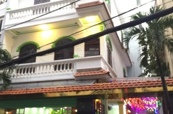 Chính chủ bán nhà mặt tiền lớn 8x12m, Phùng Văn Cung, P7, Phú Nhuận